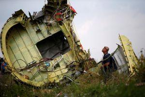 Nga bác bỏ báo cáo điều tra MH17, Mỹ kêu gọi Moscow truy tố nghi phạm