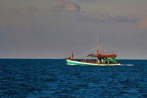Cà Mau: 4 ngư dân cùng nhảy xuống biển, mất tích