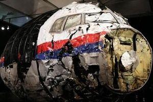 Nga bác cáo buộc bắn rơi báy bay MH17, Malaysia bênh vực Moscow