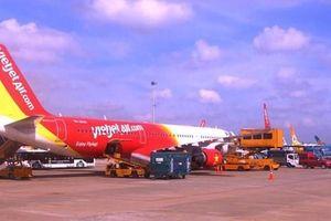 Hé lộ nguyên nhân hàng trăm chuyến bay Vietjet Air bị hoãn, hủy
