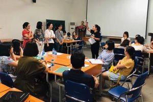 Chia sẻ kinh nghiệm giảng dạy ngoại ngữ cho giáo viên khu vực Đông Nam Á