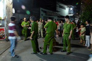 Giành nhau mở loa hát karaoke, 1 người bị đâm chết ở Sài Gòn