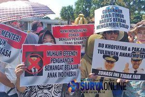 Biểu tình phản đối hệ thống phân vùng tuyển sinh 2019 ở Indonesia