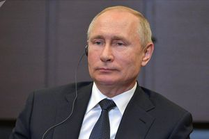 Tổng thống Putin thừa nhận nhiều thiếu sót trong lĩnh vực y tế của Nga