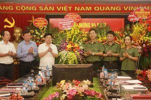Lãnh đạo TP Hà Nội chúc mừng một số cơ quan báo chí trên địa bàn