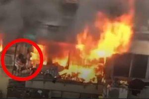 Mẹ tử vong vì che chắn để con thoát khỏi nhà cháy ở Trung Quốc