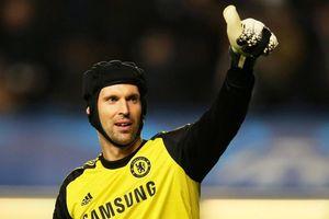 Petr Cech trở lại, sẵn sàng tiếp quản ghế nóng tại Chelsea