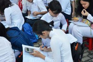 Lạm phát học sinh giỏi và nghịch lý: Lỗ hổng của giáo dục toàn diện