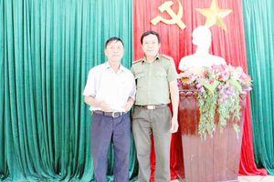 CATP Đà Nẵng thăm, tặng quà ông Nguyễn Khắc Huệ bị thương khi thực hiện nhiệm vụ