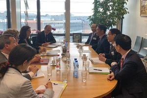 Bộ trưởng Trần Tuấn Anh làm việc với Bà Cecilia Malstrom - Cao ủy phụ trách Thương mại EU