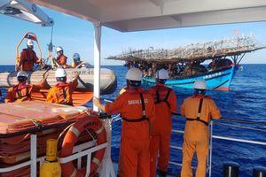 Cứu nạn kịp thời thuyền viên bị tai biến mạch máu não tại vùng biển Quảng Ngãi