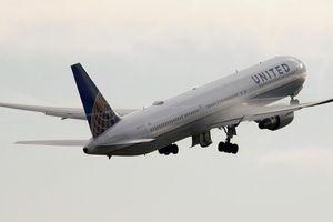 Mỹ cấm máy bay dân dụng bay qua không phận Iran