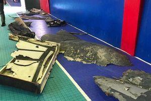 Lộ ảnh mảnh vỡ máy bay Mỹ bị Iran bắn rơi