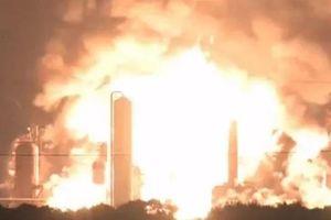 Nổ lớn tại nhà máy lọc dầu ở Philadelphia, Mỹ