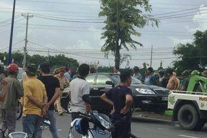 Vụ giang hồ xăm trổ vây công an: Tạm đình chỉ 2 cảnh sát