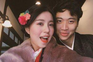 Mẫn Tiên đăng ảnh giấu mặt bạn trai mới, thừa nhận đã chia tay tình cũ hơn nửa năm