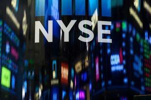 Dow Jones hướng tới tháng 6 tăng mạnh nhất trong 80 năm khi Fed sẵn sàng hạ lãi suất