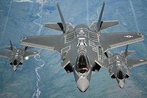 CLIP HOT (22/6): Vòng 1 quá khổ của Mỹ nhân gợi tình nhất hành tinh, siêu tiêm kích F-35 cất cánh với chế độ 'quái thú'