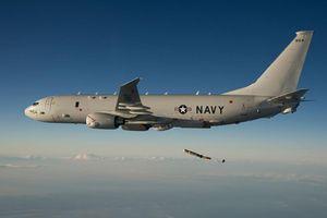 Iran bắn hạ UAV Mỹ để cảnh báo máy bay chở 35 người bay bên cạnh