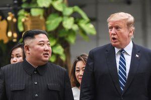 Tổng thống Trump viết gì trong thư tay vừa gửi ông Kim