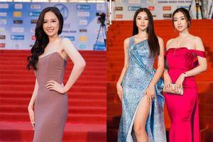 Hoa hậu Tiểu Vy 'lạ lẫm' hội ngộ Mai Phương Thúy trên thảm đỏ