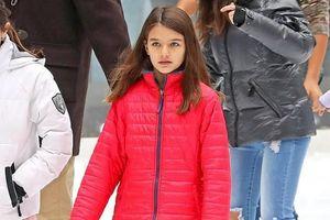 Katie thú nhận Suri không phải là con ruột của Tom Cruise?