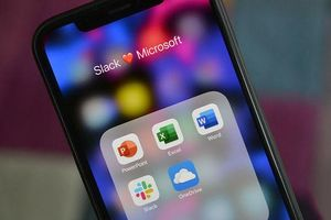 Microsoft ban bố lệnh cấm nhân viên sử dụng dịch vụ của đối thủ