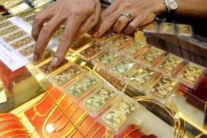 Giá vàng tiếp tục nổi sóng, vọt lên mức cao nhất 5 năm