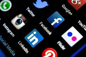 'Siêu quyền lực' mạng xã hội: Phát triển vũ bão và nguy cơ tiềm ẩn