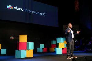 Microsoft cấm nhân viên sử dụng Slack và nhiều ứng dụng