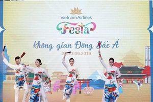 Cận cảnh lễ hội Vietnam Airlines Festa trên phố đi bộ hồ Hoàn Kiếm
