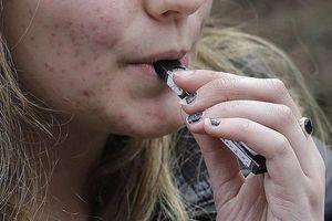Tác hại của việc sử dụng thuốc lá điện tử mà bạn chưa biết