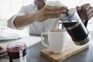 Thực hư uống nhiều cà phê sẽ giảm khả năng bị xơ gan?