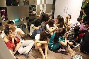 Đại gia Sài Gòn thuê căn hộ cao cấp tổ chức ăn chơi trác táng