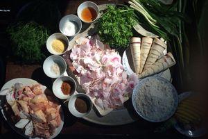 Món gà mọ của người Thái ngon tới mức ăn một lần nhớ mãi
