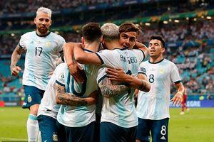 Messi và đồng đội vỡ òa cảm xúc khi Argentina vào tứ kết Copa America