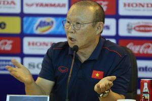 Báo Hàn Quốc sốt sắng, lo VFF không đủ tiền trả lương HLV Park Hang Seo