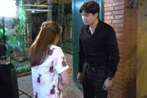 Khán giả vây kín xem Bảo Thanh, Quốc Trường quay phim lúc nửa đêm