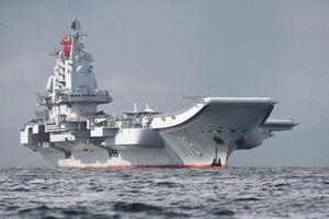 Tàu sân bay Liêu Ninh của Trung Quốc lại đi qua eo biển Đài Loan