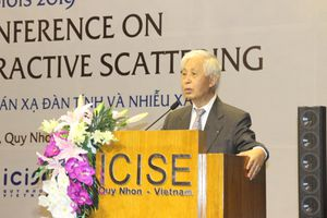 Hội nghị khoa học về tán xạ đàn tính và nhiễu xạ