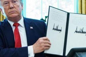 Ông Trump ký lệnh trừng phạt nhắm thẳng vào lãnh tụ tối cao Iran