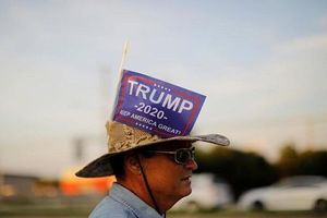 TT Trump được ủng hộ 'cuồng nhiệt' tại chiến địa Florida