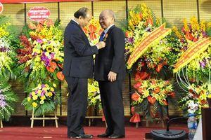 Tiến sĩ Nguyễn Quốc Triệu được trao tặng Huân chương Độc lập hạng Nhất