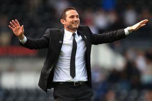 Derby County cho phép Chelsea tiếp cận HLV Lampard
