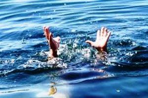 Nghệ An: Xuống ao vớt cá cho vịt ăn, bé trai 8 tuổi trượt chân đuối nước