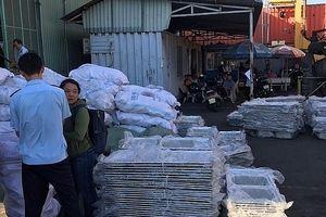 Xem xét khởi tố vụ nhập khẩu 5 container hàng Trung Quốc không nhãn mác