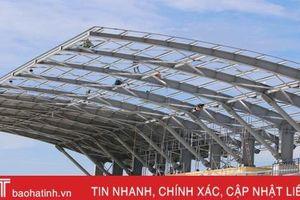 'Bật điện làm đêm', đảm bảo chất lượng, tiến độ dự án sân vận động Hà Tĩnh