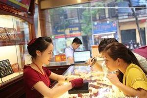 Giá vàng trong nước tiếp tục phi mã theo thế giới lên 39,53 triệu đồng
