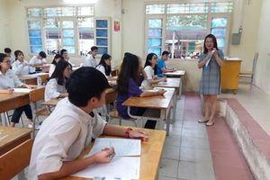 Sở Giáo dục Phú Thọ lên tiếng về việc thí sinh mang điện thoại, lọt đề