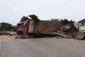 Vì sao chưa khởi tố vụ án tai nạn giao thông thảm khốc ở Hòa Bình?